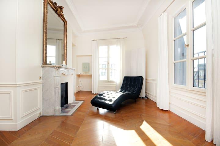 Stunning Duplex 3 BDR Opera Bourse - Paris - Daire