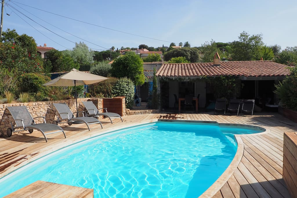 Villa piscine bord de mer houses for rent in grosseto for Villa espagne piscine bord de mer