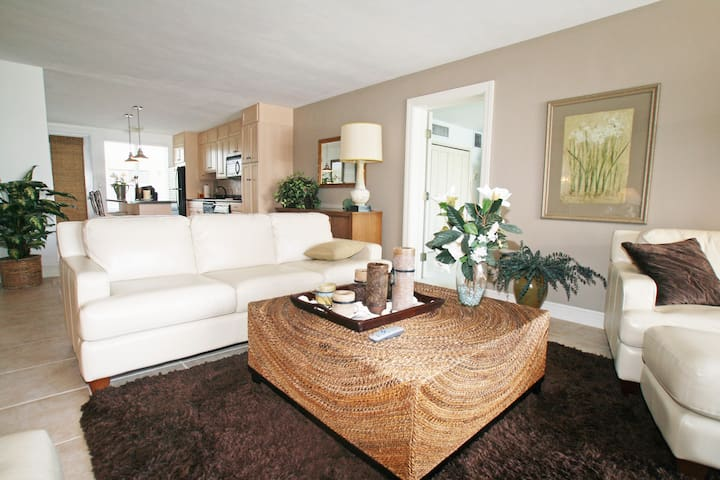 Spacious 3 bed 3 bath Beach condo - Bal Harbour - Apartamento