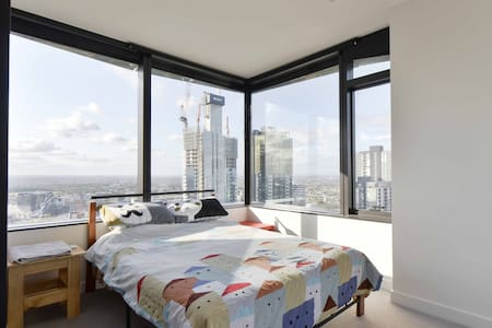 CBD EnSuite on 41st floor gym+pool! Best location! - Melbourne - Apartment