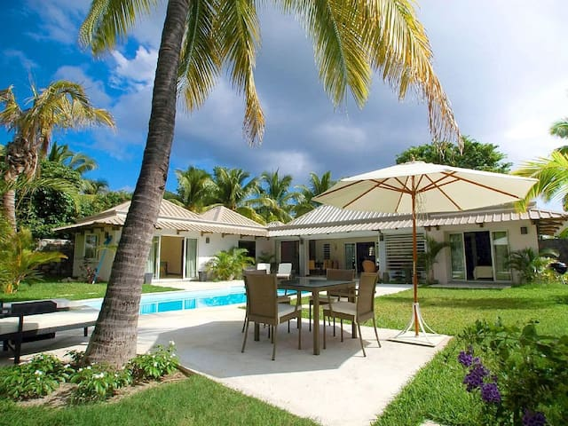 WOL 3BR Villa at Wolmar beach - Flic en Flac - Huis