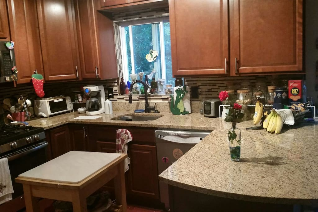 Open kitchen. Meals available for additional charge. Cajun Cook