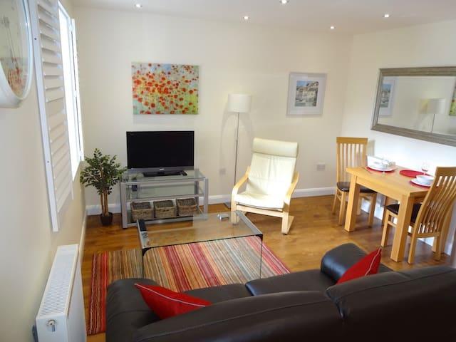 8 Trinity Court - Windsor - Apartamento
