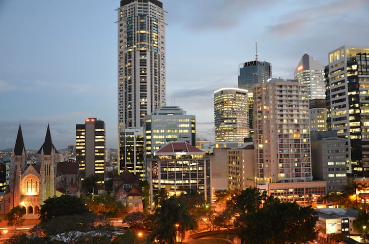 Studio Apartment in Brisbane CBD