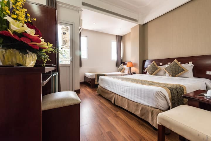 Saigon Odyssey Hotel - Triple Room