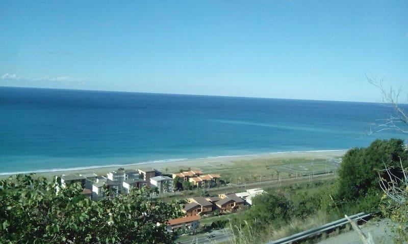 Panoramico bilocale - Calabria - บ้าน