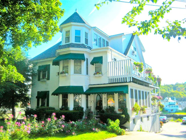 Boothbay Harbor, Maine - Boothbay Harbor - Bed & Breakfast