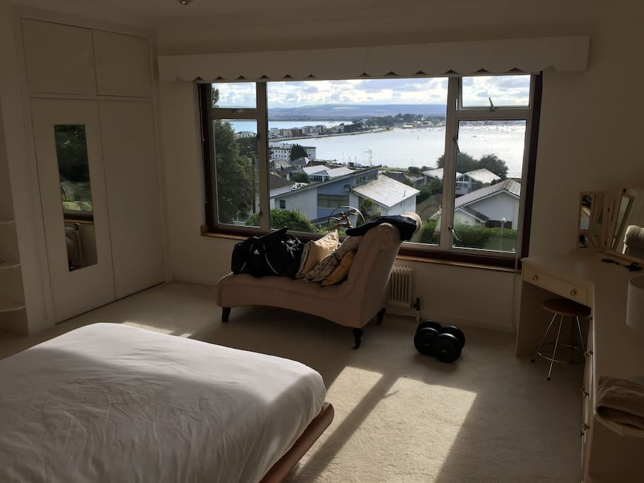 Stunning Views, huge room