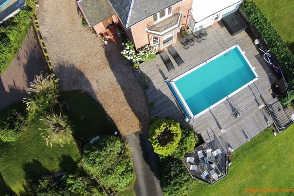 Ariel view of Northcliff Manor swimming pool and gardens