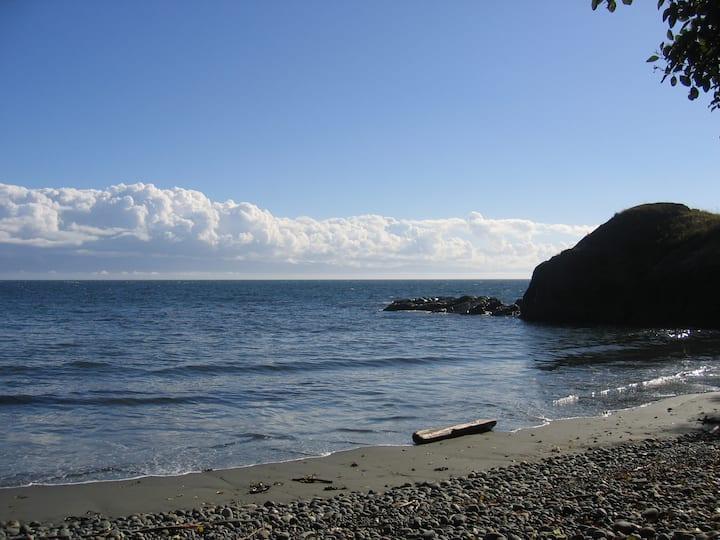 Seastar Charming west coast escape.