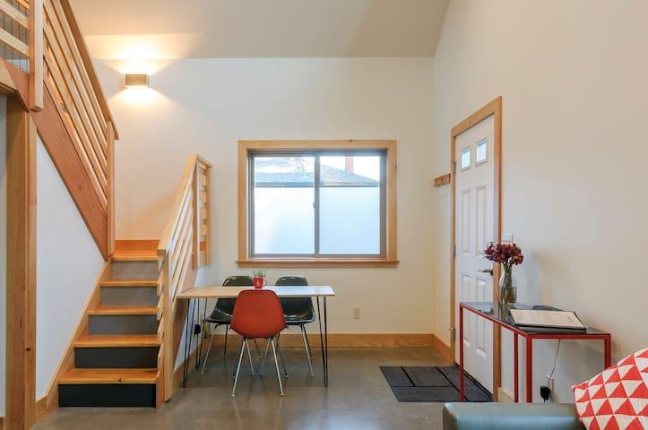 Light filled modern guest studio guest suites for rent for 13 salon bellingham