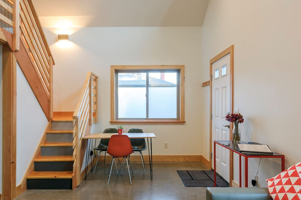 Light filled modern guest studio guest suites for rent for 13 salon bellingham