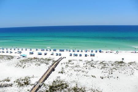 Beachfront Condo with STUNNING view - Pensacola Beach