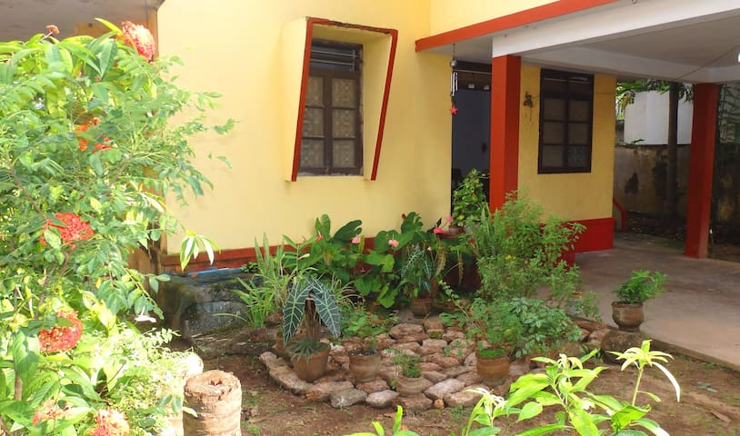 Clean spacious & comfy stay - Kochi - Bed & Breakfast