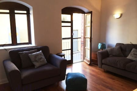 2 Bedroom Apartment, Kinsale Town