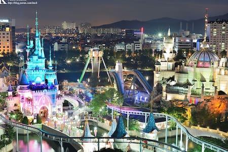 서울잠실롯데월드근처고급아파트10인이상가능33평형한강코엑스삼성동 - Songpa-gu - Appartement
