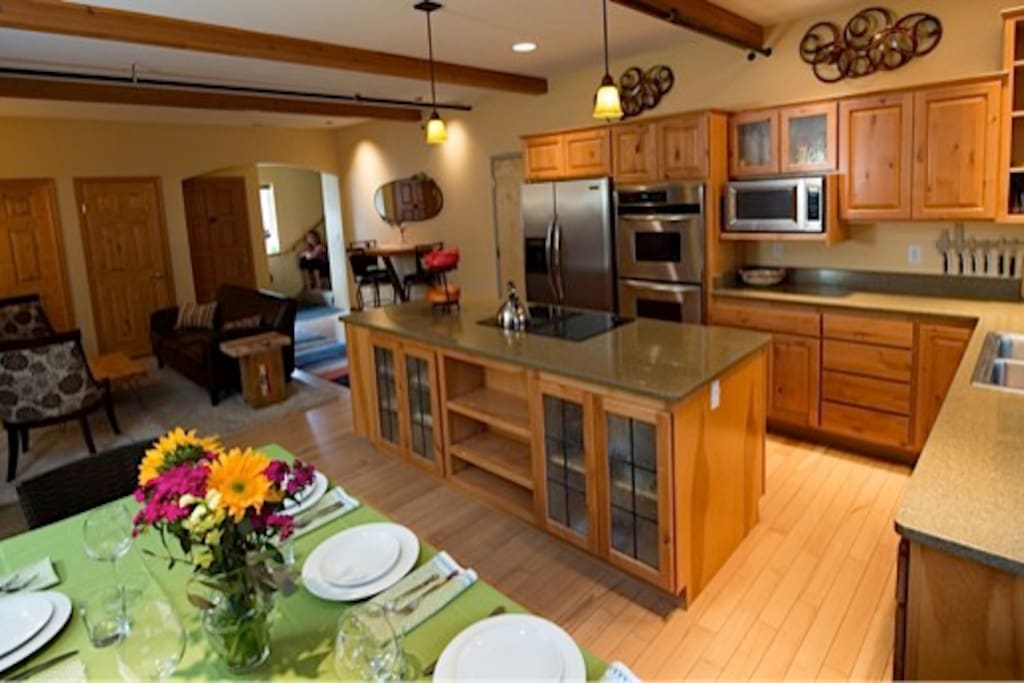 Living-, dining room and kitchen