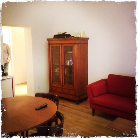 Schöne Wohnung in Esch/Alzette - Esch-sur-Alzette - Departamento