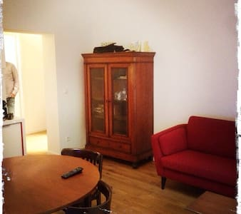 Schöne Wohnung in Esch/Alzette - Esch-sur-Alzette - Pis