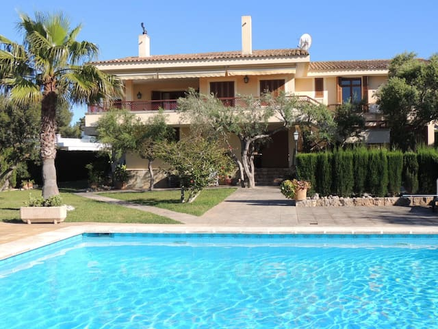 villa with private tennis near sea - Cala Blava - Hus