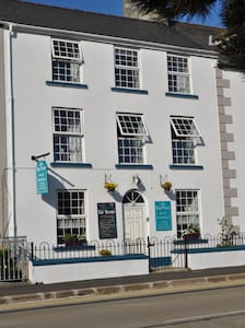 Bayview  B&B/  N.I.T.B CERTIFIED - Warrenpoint - Bed & Breakfast