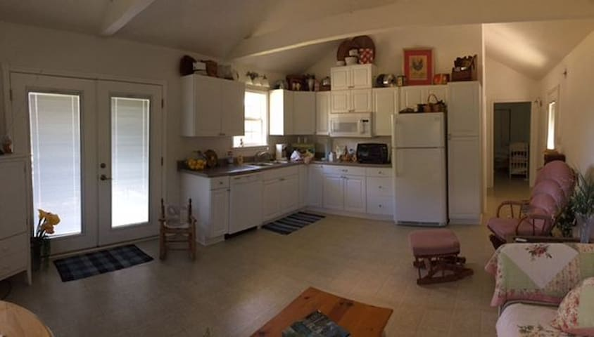 Cute cozy cottage in the country maisons louer - Maison rustique adorable tennessee nov ...