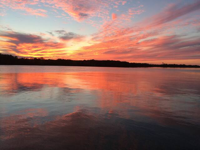 Open Water Vacation Home, Lake LBJ - Kingsland - Ev