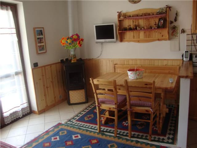 Accogliente mansarda di montagna - Caspoggio - Apartment