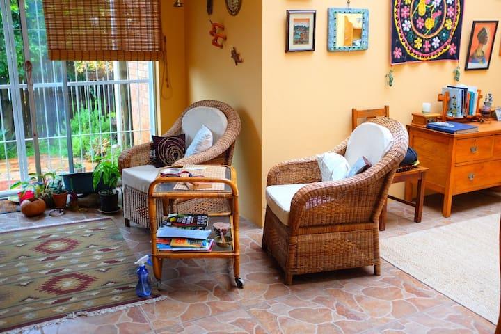 Sunroom with en-suite bathroom
