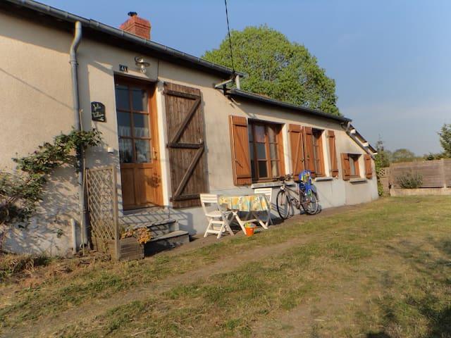 Jolie Vilaine - Langon - Dom