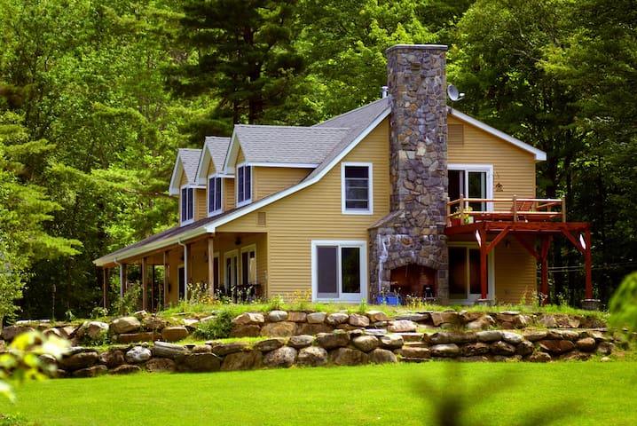 Lux Farm/Vineyard/Ski/Retreat Home - Plymouth - Casa