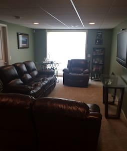 1 Bedroom, Bath w/shower, Family Rm - Victor