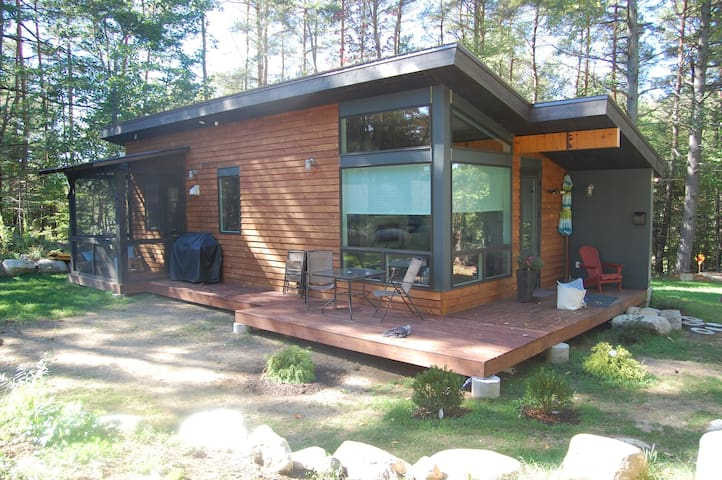 2 Bedroom Eco-Cottage - Free Wifi - Lake Placid - Ev