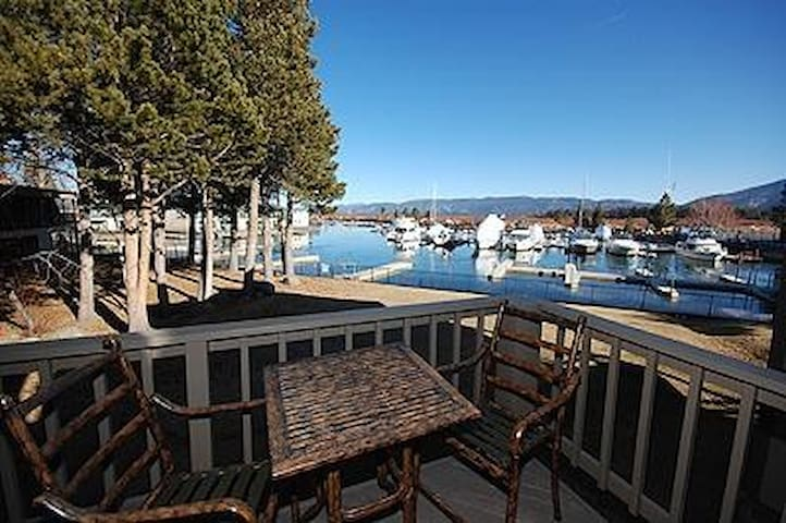 Pet Friendly Condo - Relax in Style