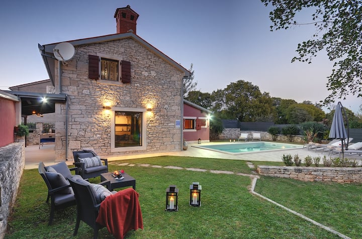 Charming Istrian Villa with pool for 8 person