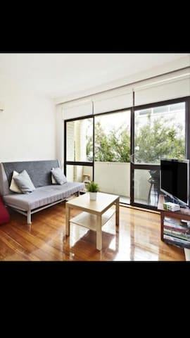 Private room in quiet comfy apt - Saint Kilda East - Appartement