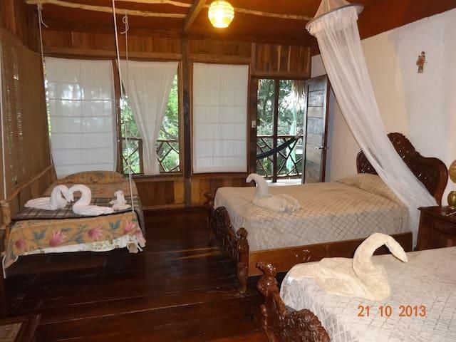 habitacion triple baño privado - GT - Casa