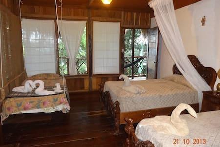 2 habitaciones baño privado - Ház