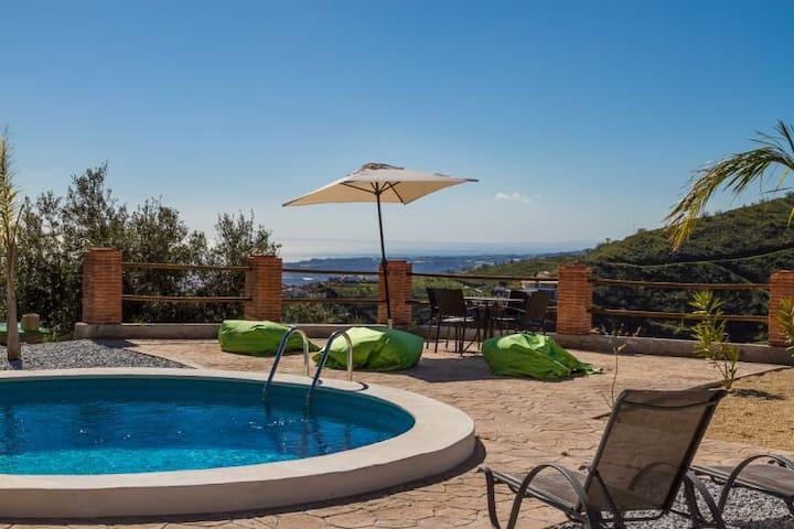 Charmerende Spansk Villa, pool, bbq