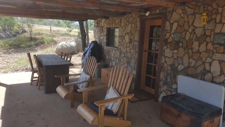 Cosy Stone Hut