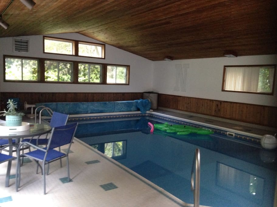 Indoor Pool Hot Tub 10 Uber To Uw Houses For Rent In Madison Wisconsin United States