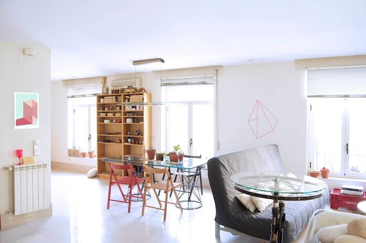 Bright Loft 100m2 in the center - Madrid - Loft