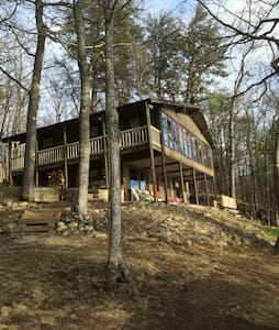 Lake Front Cottage in Harrison - Harrison - Talo