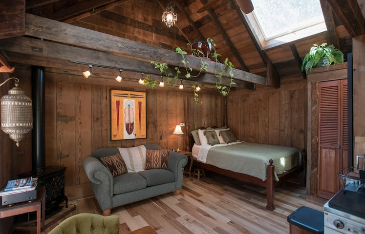 Magic Barn - Portland - Chalet