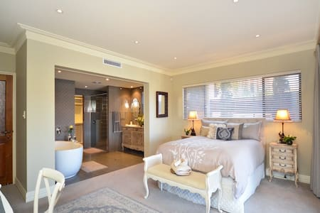 The Suite @ Mindarie Marina - Mindarie