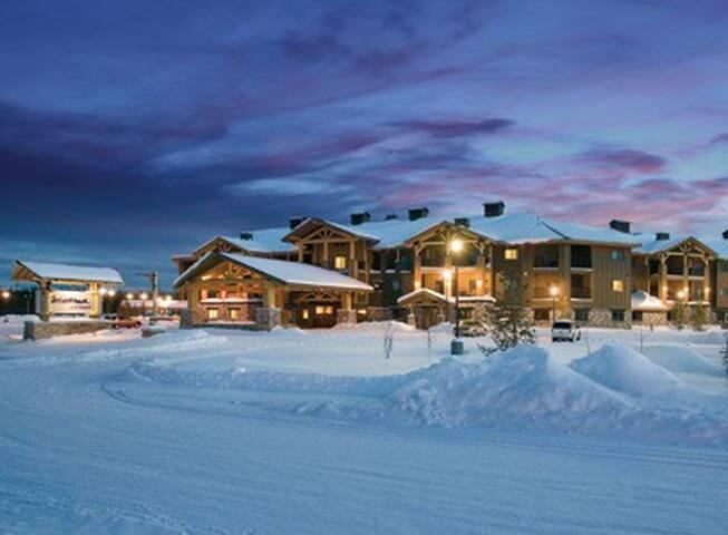 Montana-MT-West Yellowstone Resort 1 Bd Condo #1 - West Yellowstone - Condominium