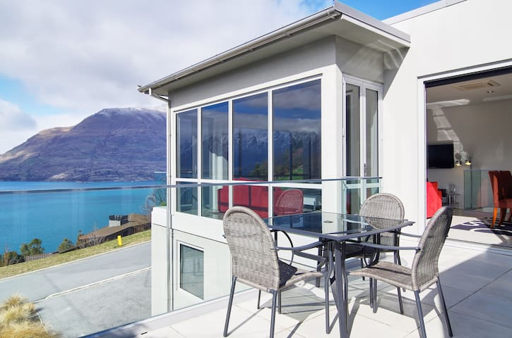 Aspen Heights Villa Queenstown NZ - Fernhill - Wohnung