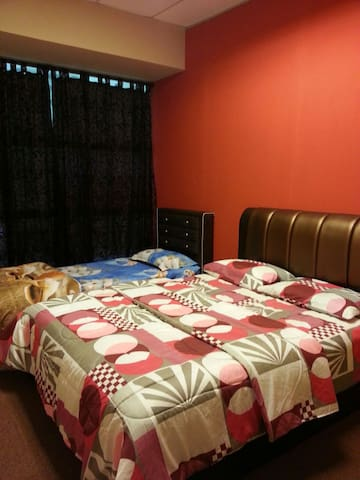 Motel Rooms with parking & wifi - Bukit Katil - Bed & Breakfast