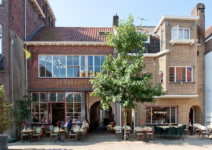 Tilburg - B&B De Burgerij!