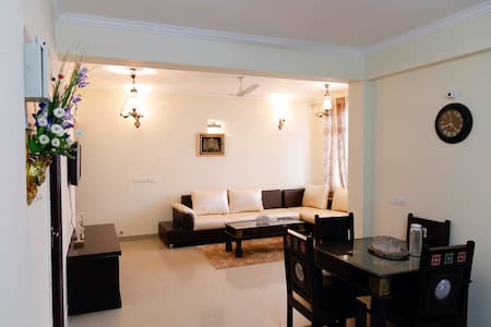 Royal Luxury Stay In Jaipur - Jaipur - Flat